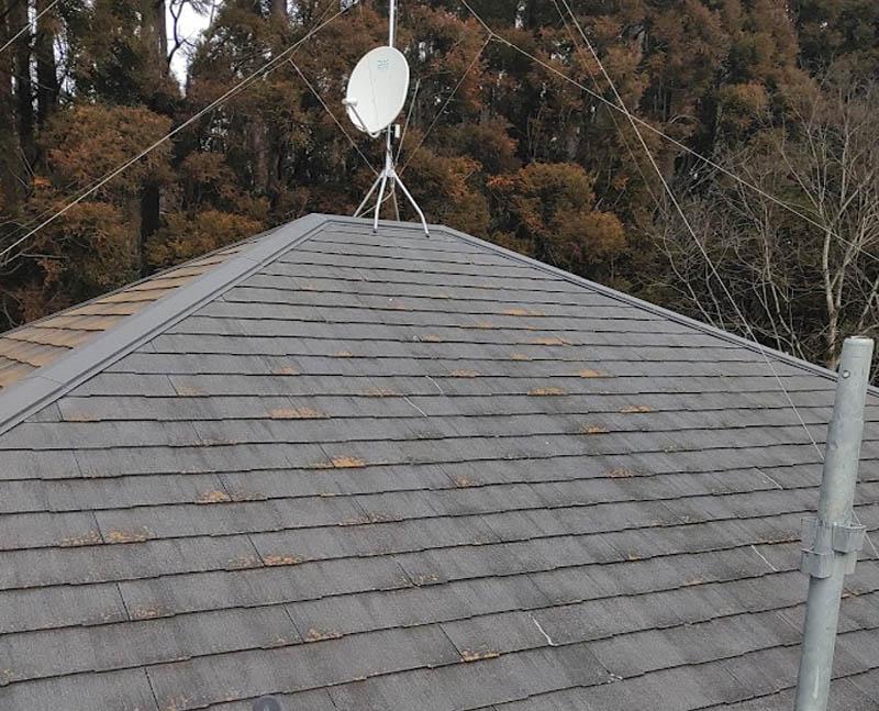 寄棟のスレート屋根